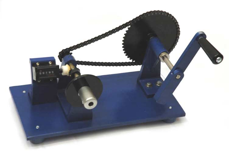 Overview of benchtop linear range of semi-automatic bobbin